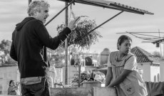 How many of his record 4 Oscar nominations for 'Roma' will Alfonso Cuaron win?